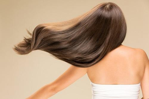 躍動感のある髪